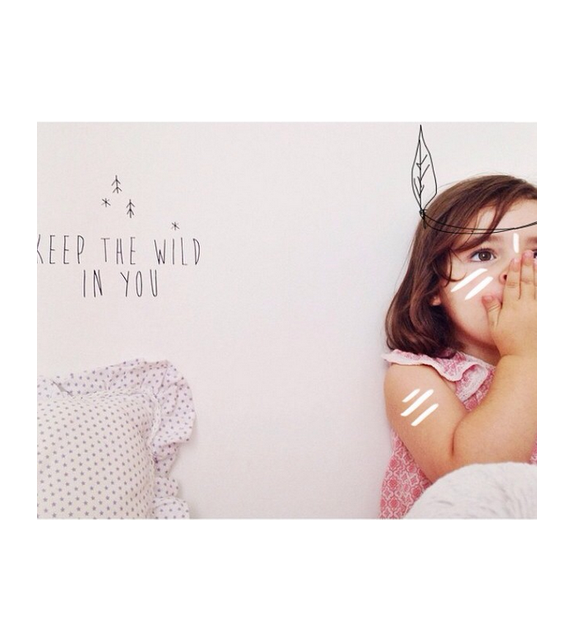 "Seinakleebis ""Keep the wild in you"""